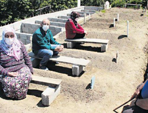 عائلة تركية تطالب بفحص جيناتها بعد فقدان 8 من أبنائها بكورونا